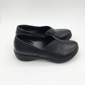 Dansko Shoes - Dansko Black Loafer Shoes Size 7 (37)